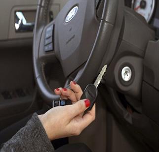 Opening Car Door Transponder Chip Key Ignition Repair Remote Replacement Open Locked Locksmiths Duplicate Keys